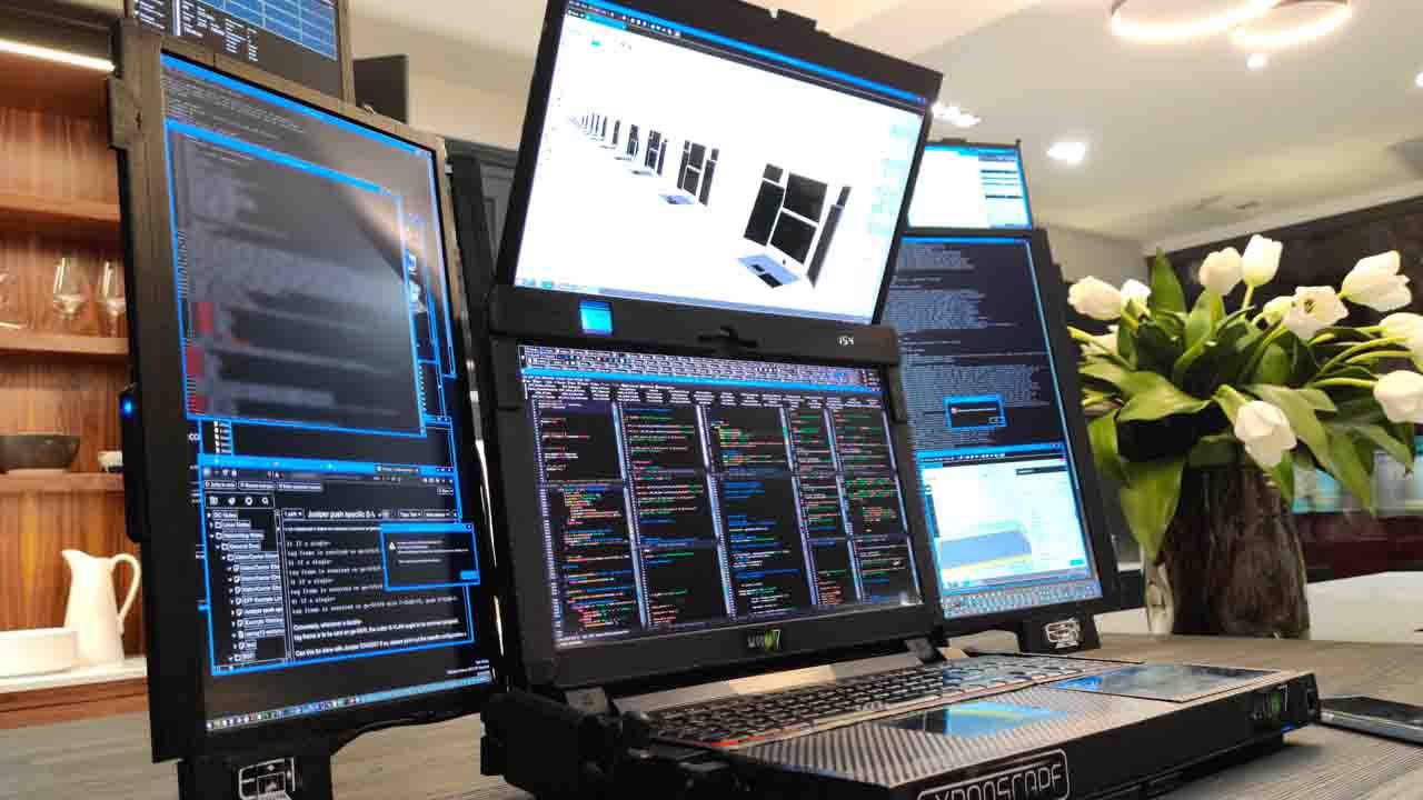 7 ekranlı dizüstü bilgisayar