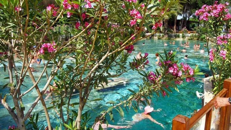 Pamukkale'de nerede kalınır otel fiyatları