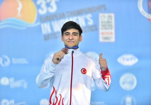 Son dakika... Avrupa Erkekler Artistik Cimnastik Şampiyonası'nda gençlerden 4 madalya